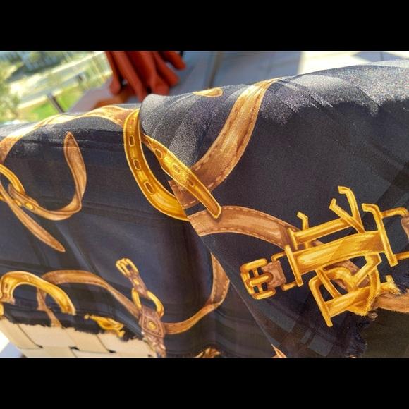 Ralph  Lauren Pure Silk Scarf❤️🥰